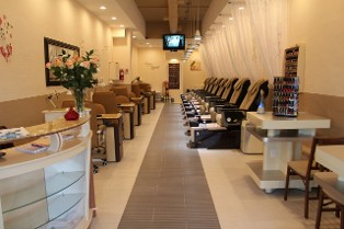 Tip & Toes 2 Nails Spa